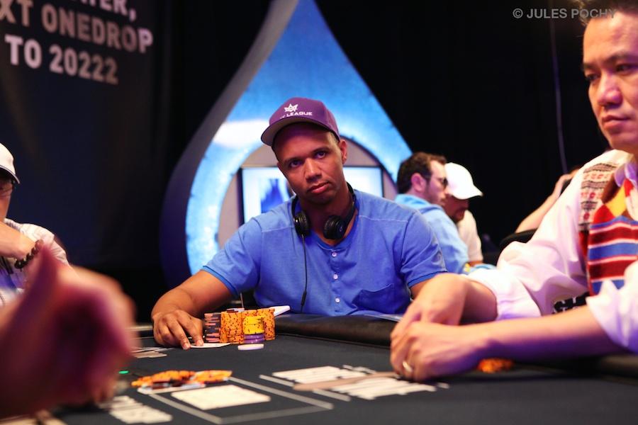 Pokeri nakokulman